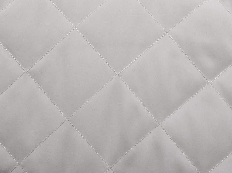 forro micro sarga acolchado en blanco natural